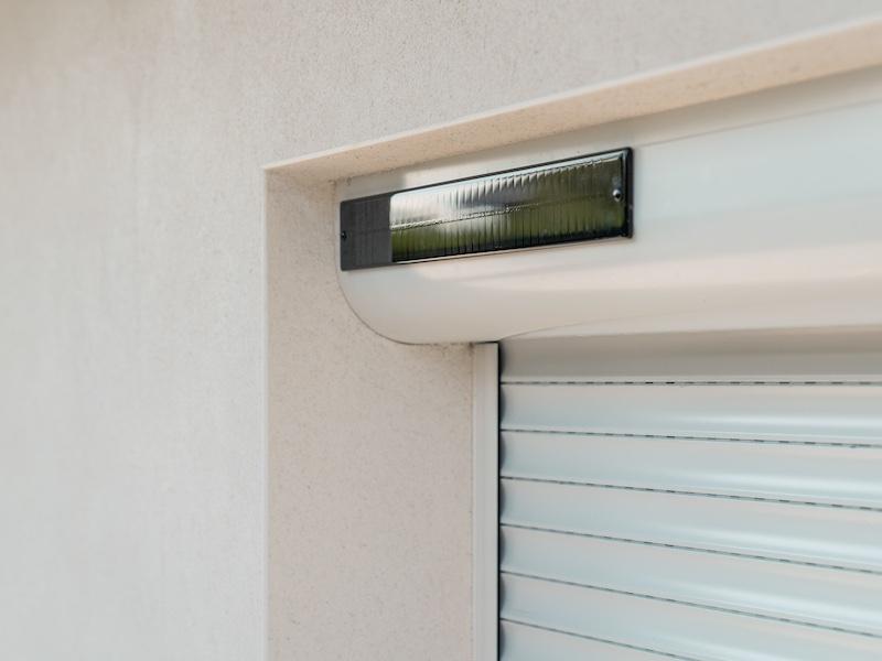 Somfy Oximo Solarpanel - Somfy Oximo Solar io: Autonomer Rollladen mit Solarpanel